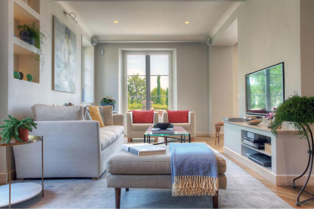 La Calado - Living Room