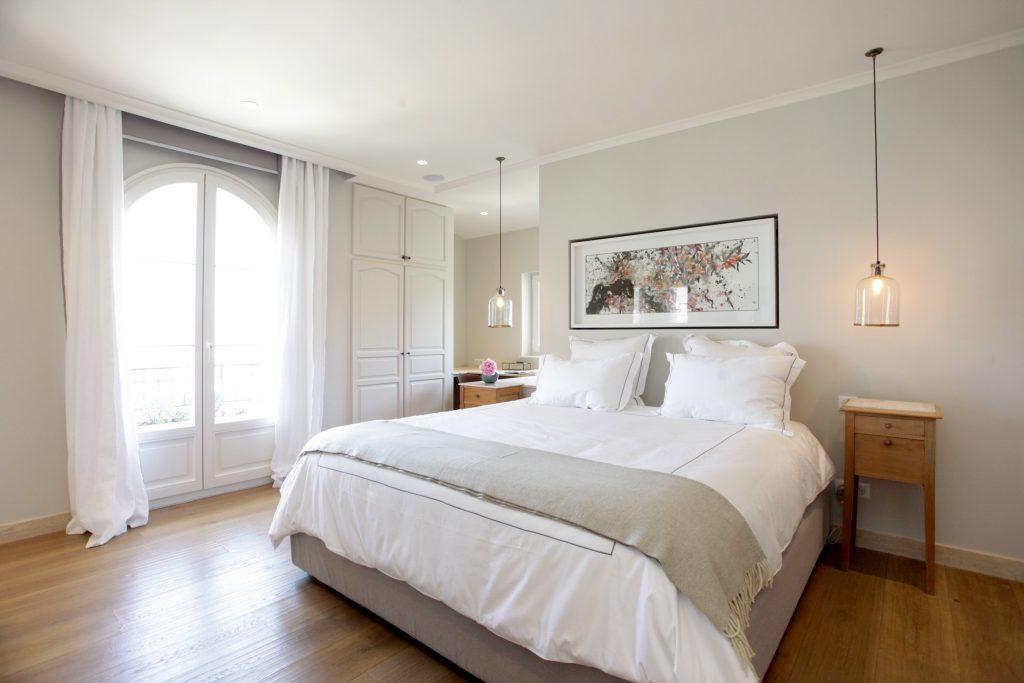 La Calado - Master Bedroom