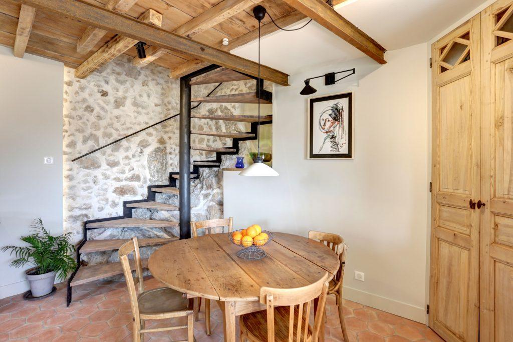 Antibes Rental - Clos des Vignes - Dinning area